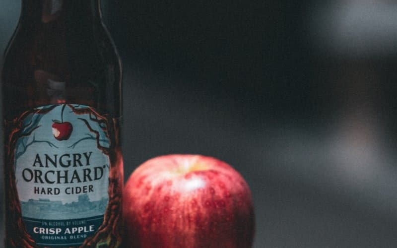 Apple cider vinegar may cause acidity and other health conditions