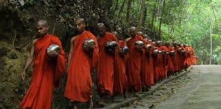 buddhism religion bhikshu