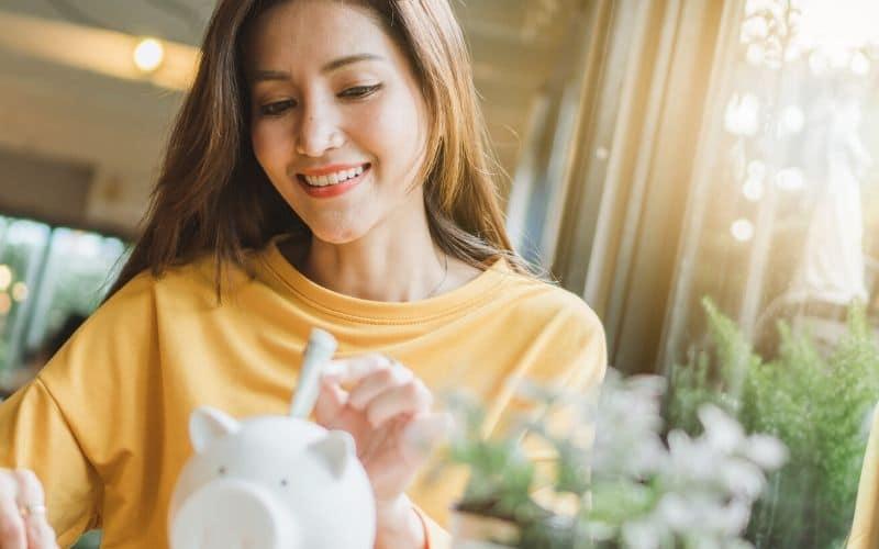 newly married saving money